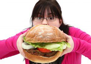 Çocuklarda Obezite Nasıl Önlenir ve Tedavisi Nasıldır?